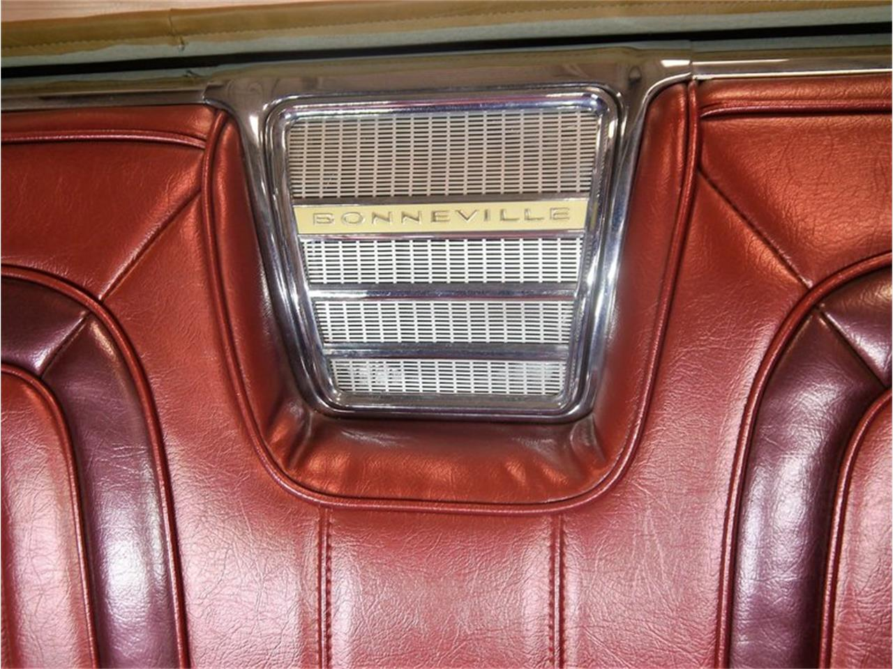 Large Picture of '63 Pontiac Bonneville located in Illinois - $29,900.00 - LAZG
