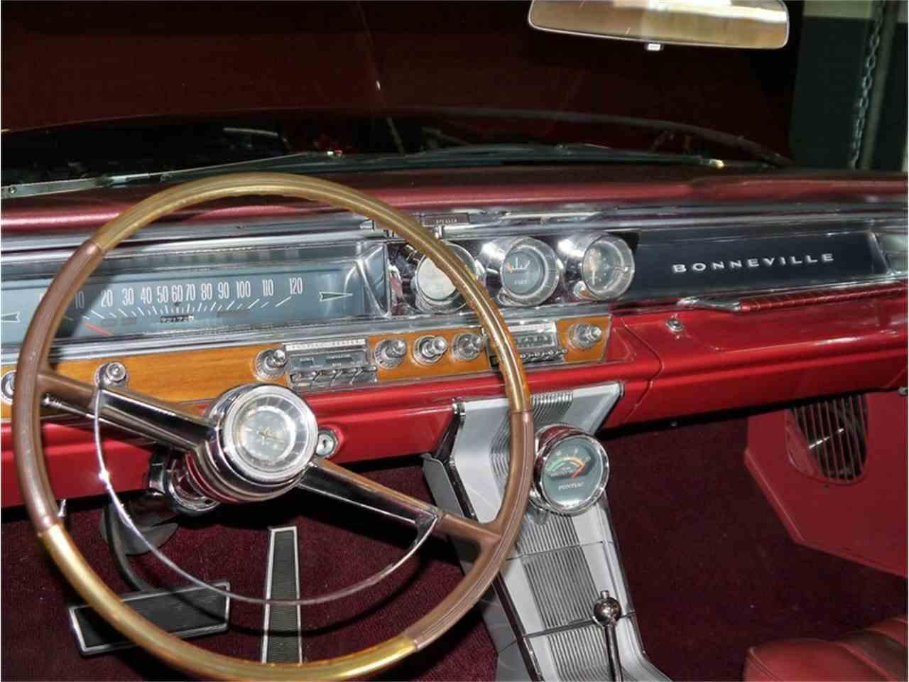 Large Picture of Classic '63 Pontiac Bonneville - LAZG