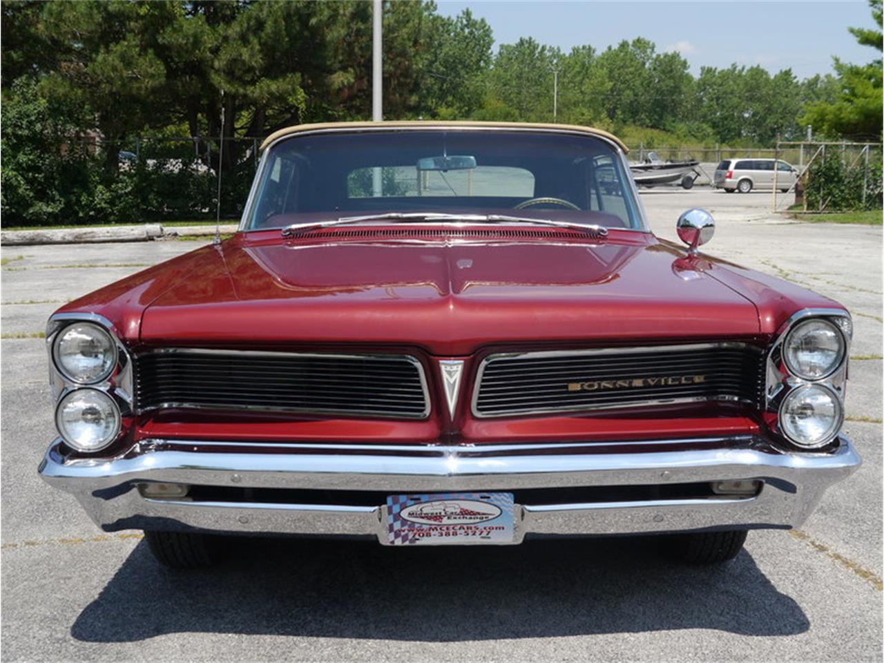 Large Picture of '63 Bonneville - $29,900.00 Offered by Midwest Car Exchange - LAZG