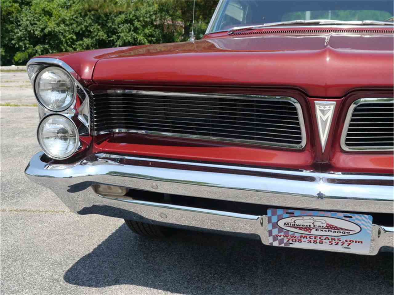 Large Picture of 1963 Pontiac Bonneville located in Alsip Illinois - $29,900.00 Offered by Midwest Car Exchange - LAZG