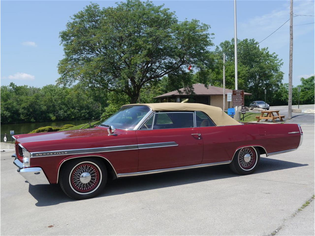Large Picture of 1963 Bonneville located in Illinois - $29,900.00 Offered by Midwest Car Exchange - LAZG