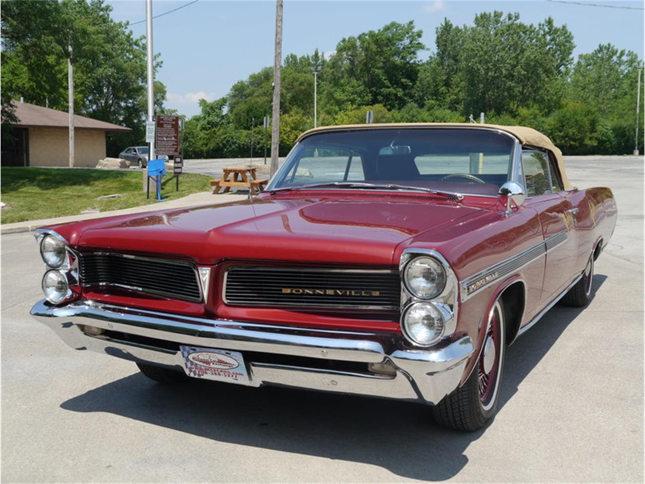 Large Picture of Classic 1963 Bonneville located in Alsip Illinois - $29,900.00 - LAZG