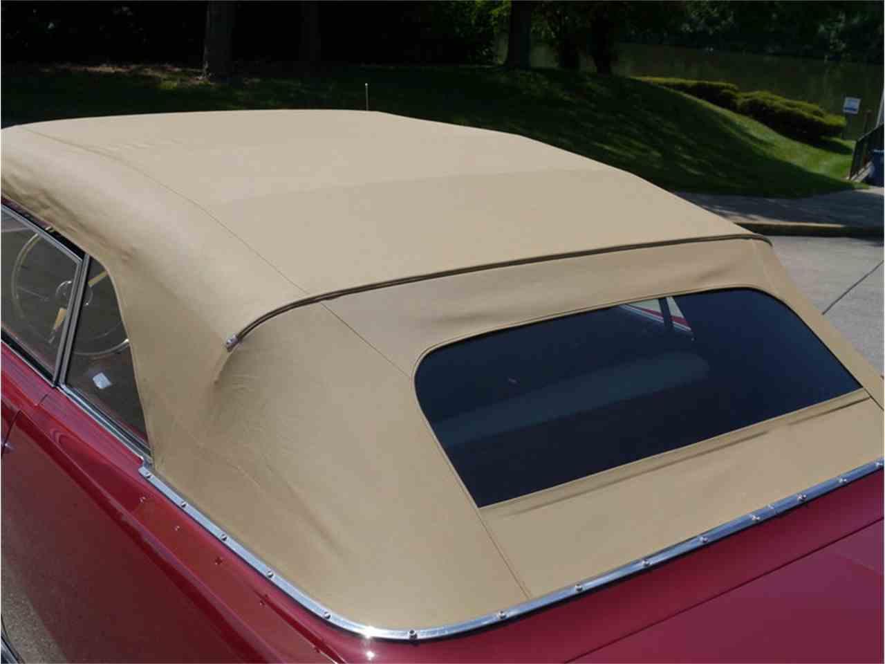 Large Picture of '63 Pontiac Bonneville located in Alsip Illinois - $29,900.00 - LAZG