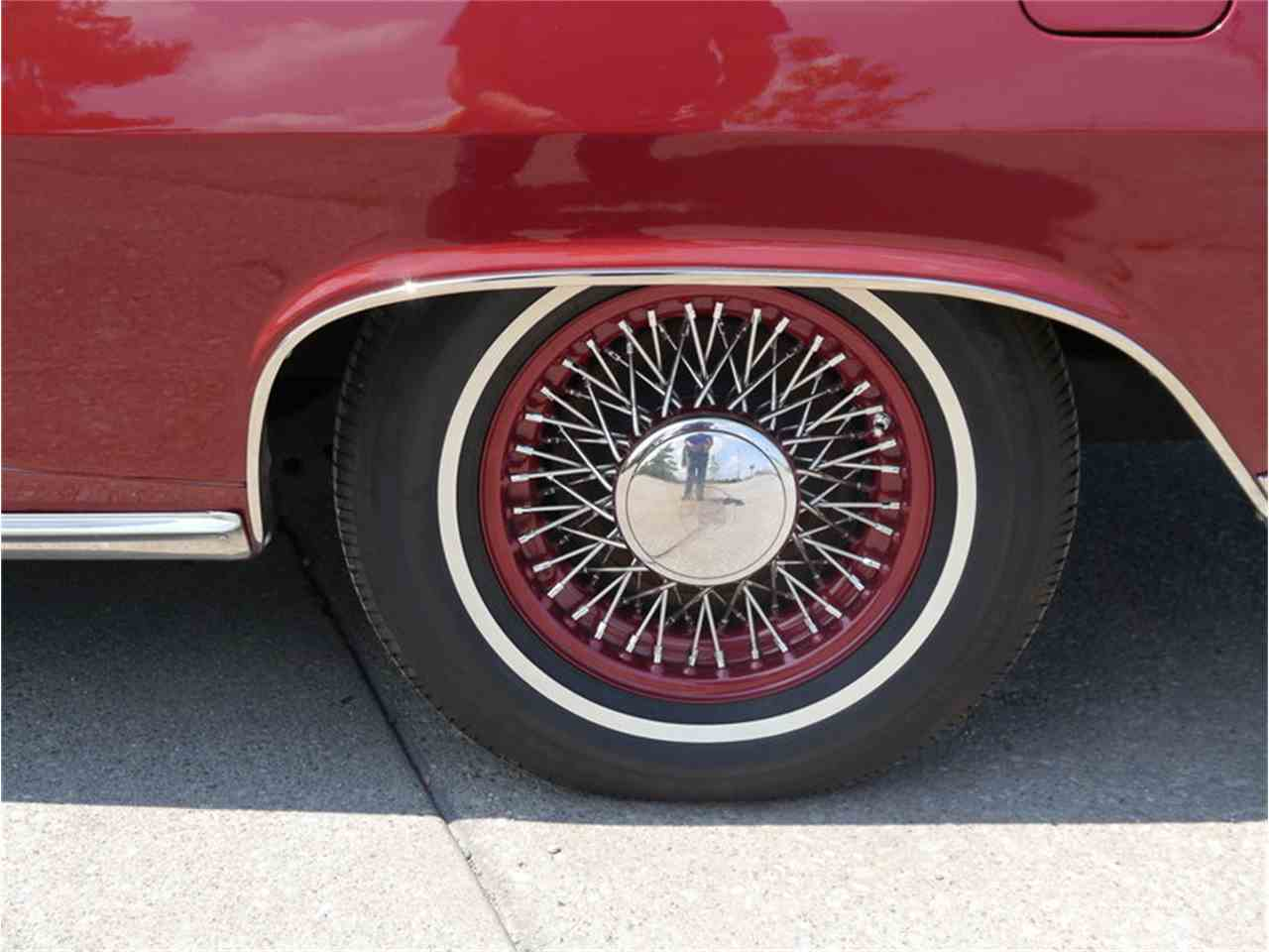 Large Picture of '63 Pontiac Bonneville - $29,900.00 Offered by Midwest Car Exchange - LAZG