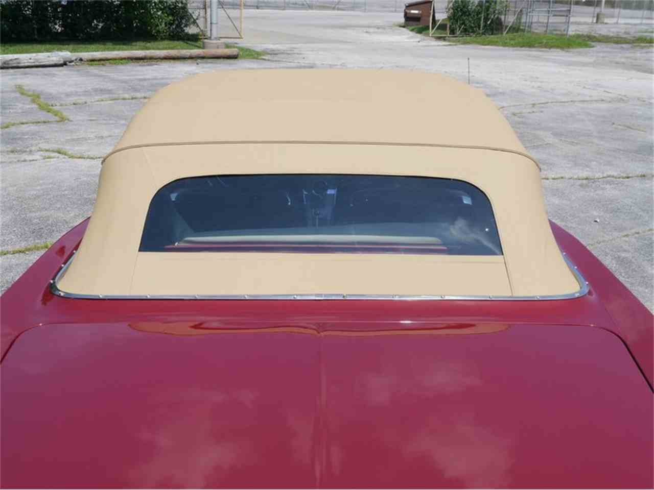 Large Picture of Classic '63 Pontiac Bonneville - $29,900.00 - LAZG