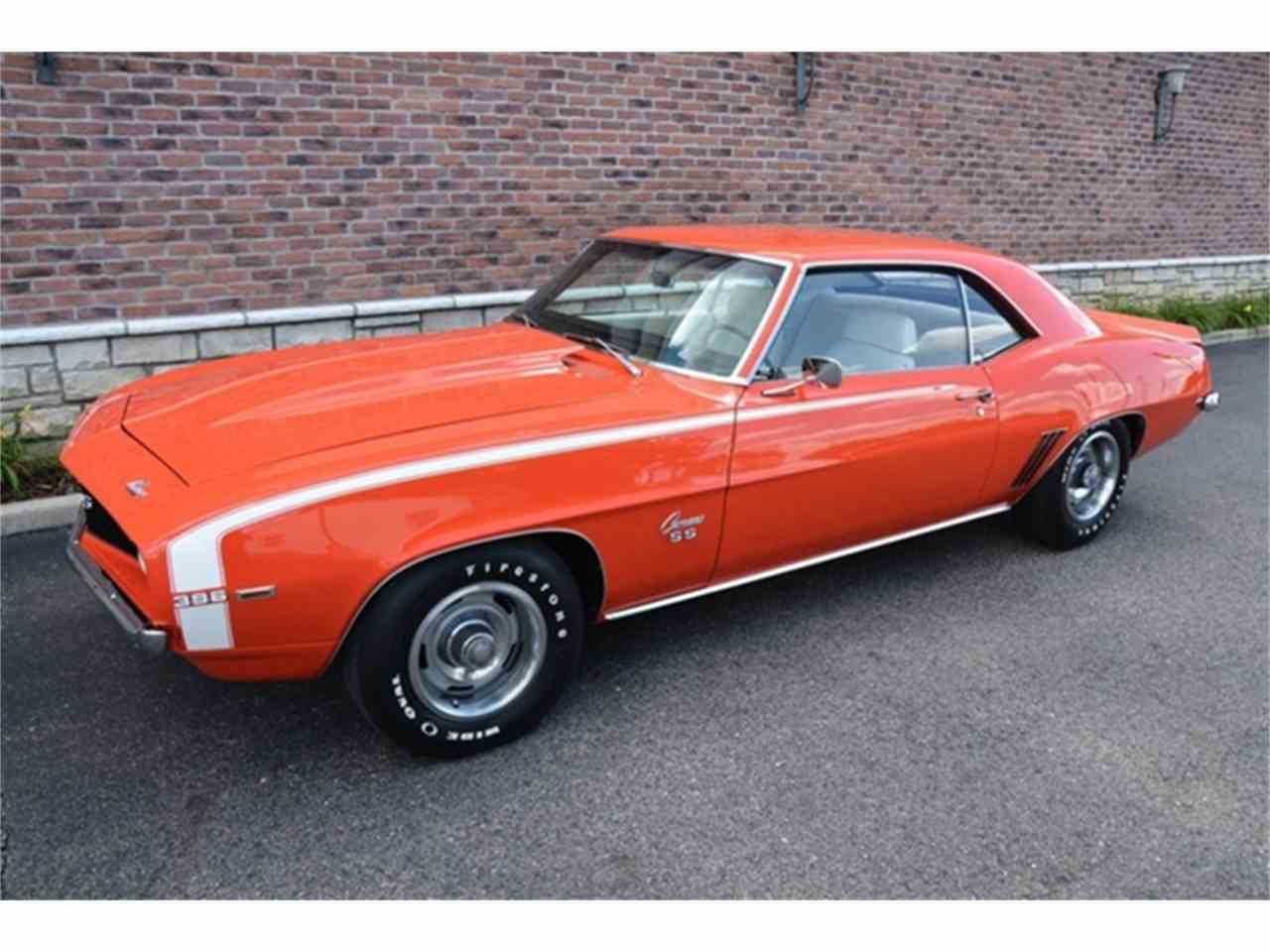 Large Picture of '69 Chevrolet Camaro located in Shelby Township Michigan Offered by Rev Up Motors - LB0N