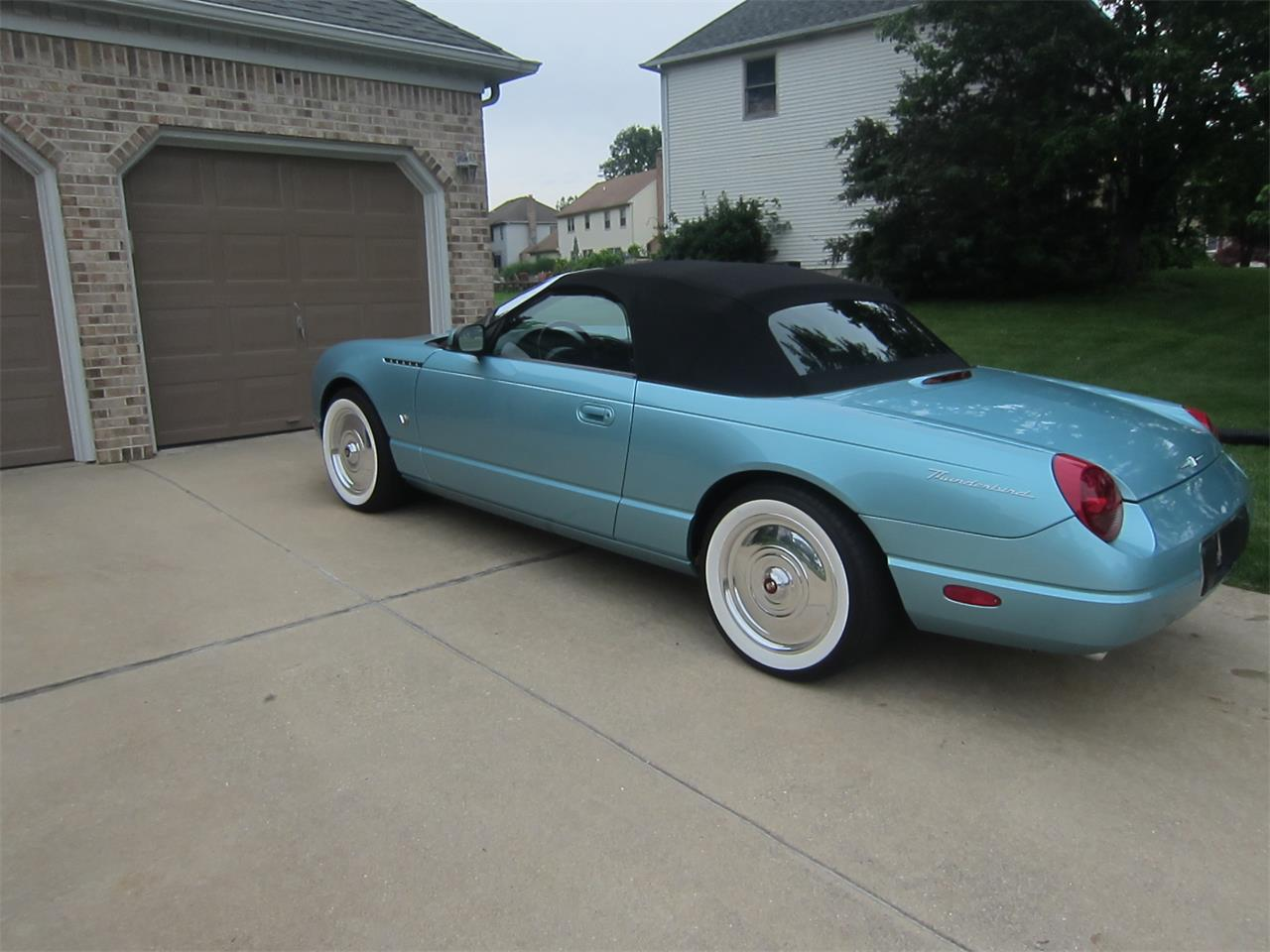 Large Picture of 2002 Ford Thunderbird - $17,000.00 - LB2F