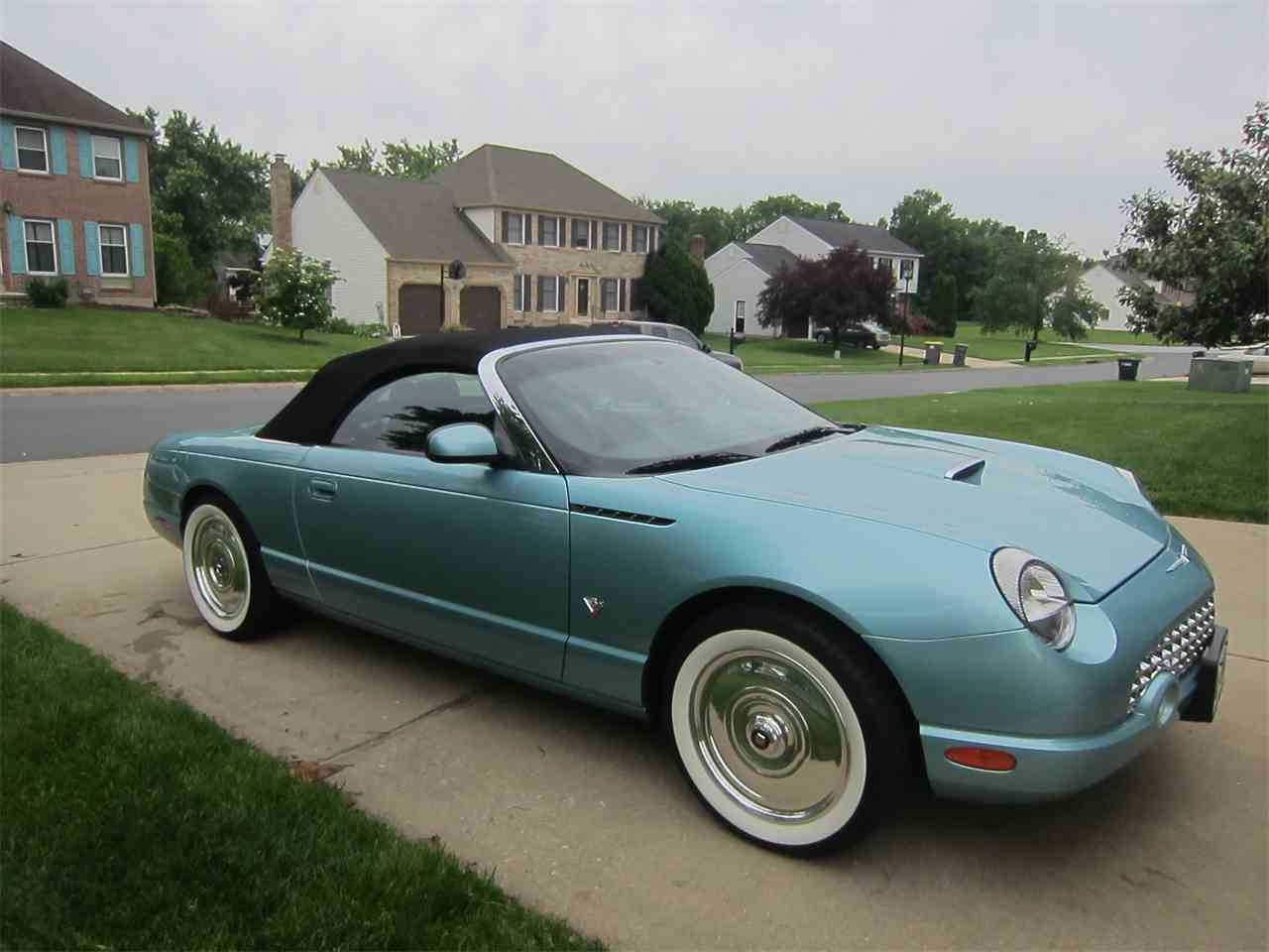 Large Picture of '02 Thunderbird - LB2F