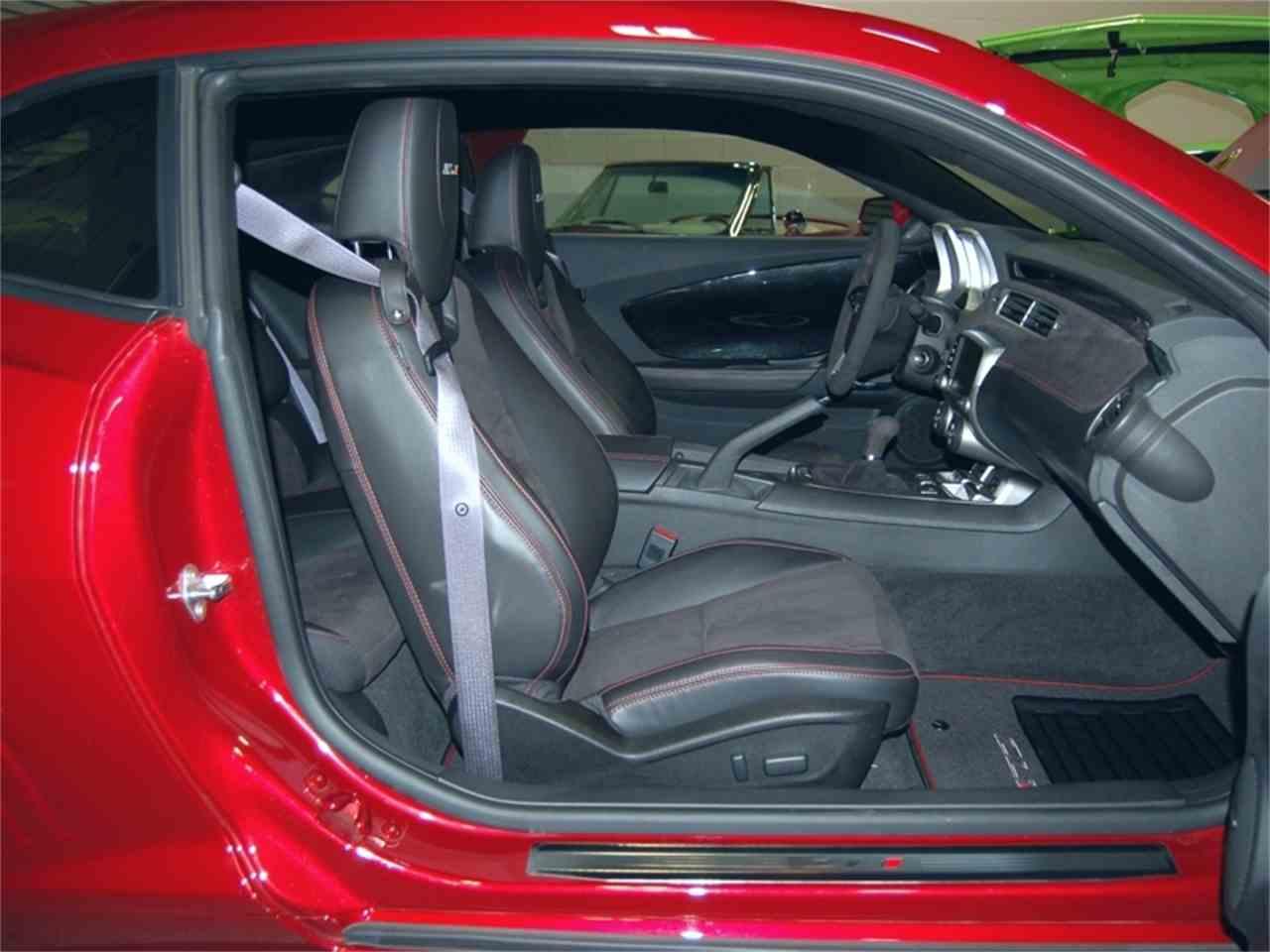 Large Picture of 2013 Chevrolet Camaro Auction Vehicle - LB2K