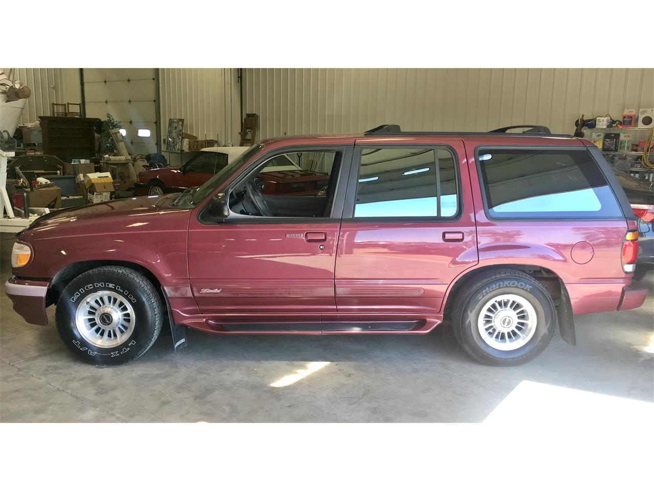 Large picture of 1996 ford explorer limited xlt lb32