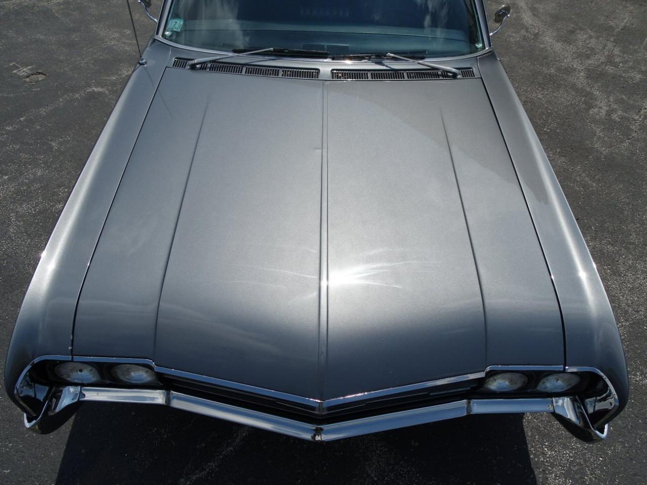Large Picture of '66 Starfire - LB43