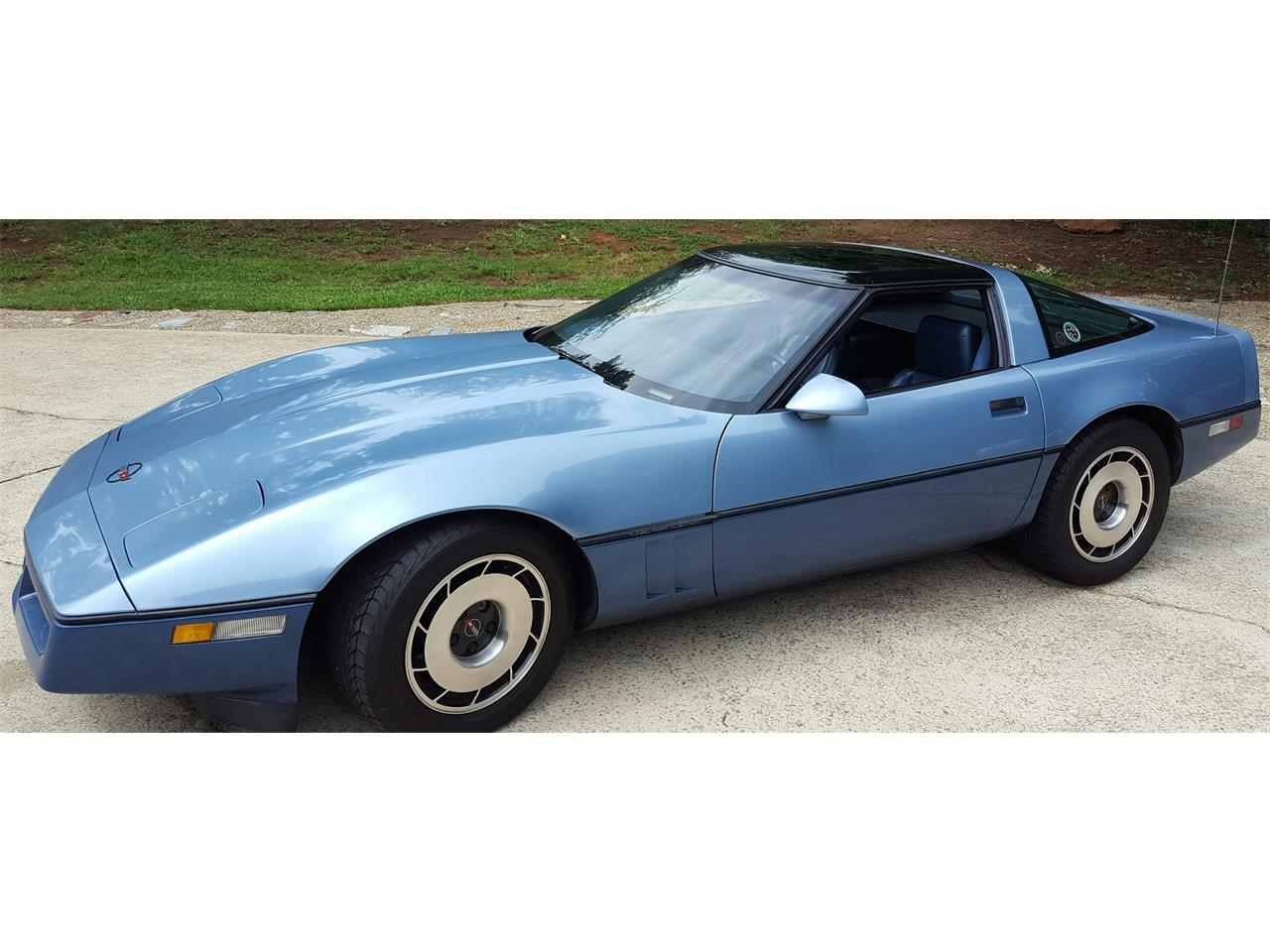 Large Picture of '85 Corvette - LB6Y