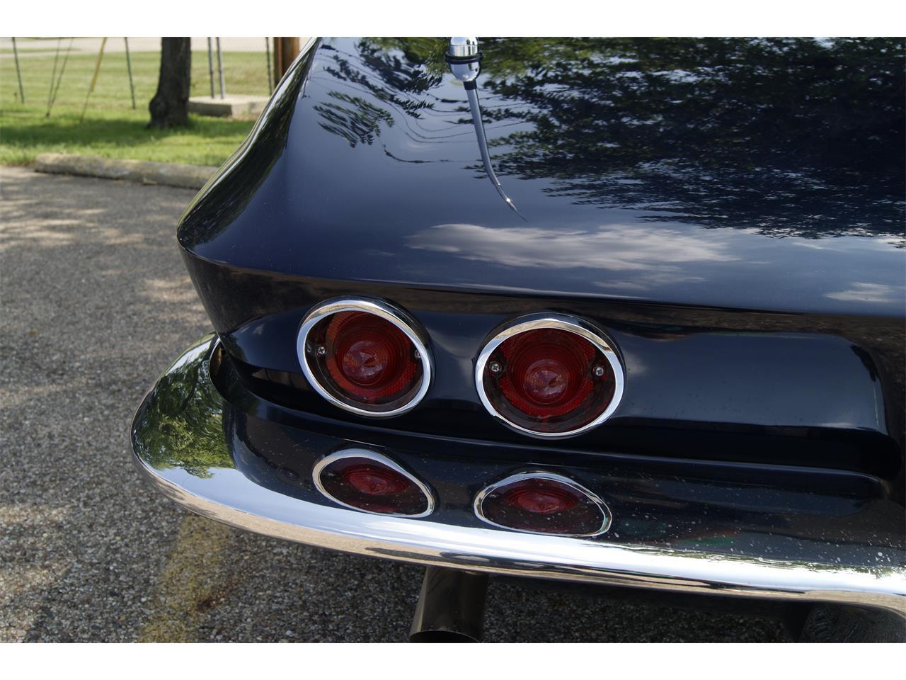 Large Picture of '63 Corvette - LB75