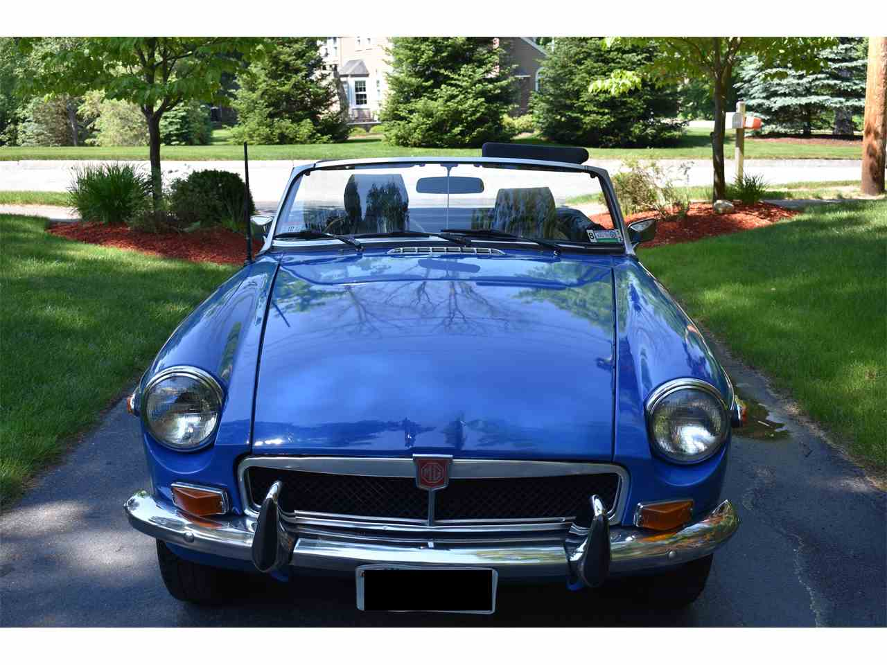 Large Picture of '74 MGB - LB9Q