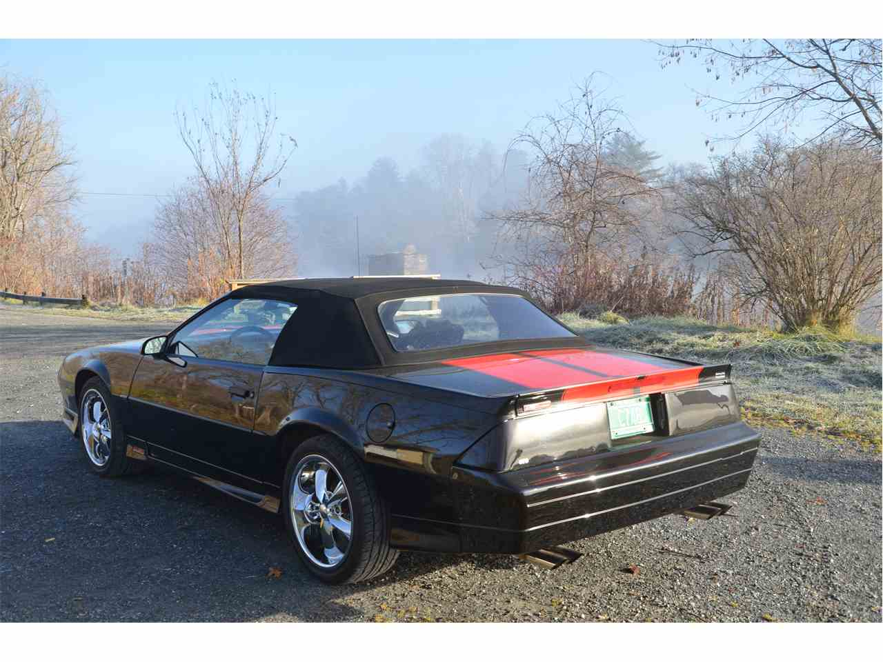 Large Picture of '92 Chevrolet Camaro Z28 located in North Thetford Vermont Offered by a Private Seller - LBBW