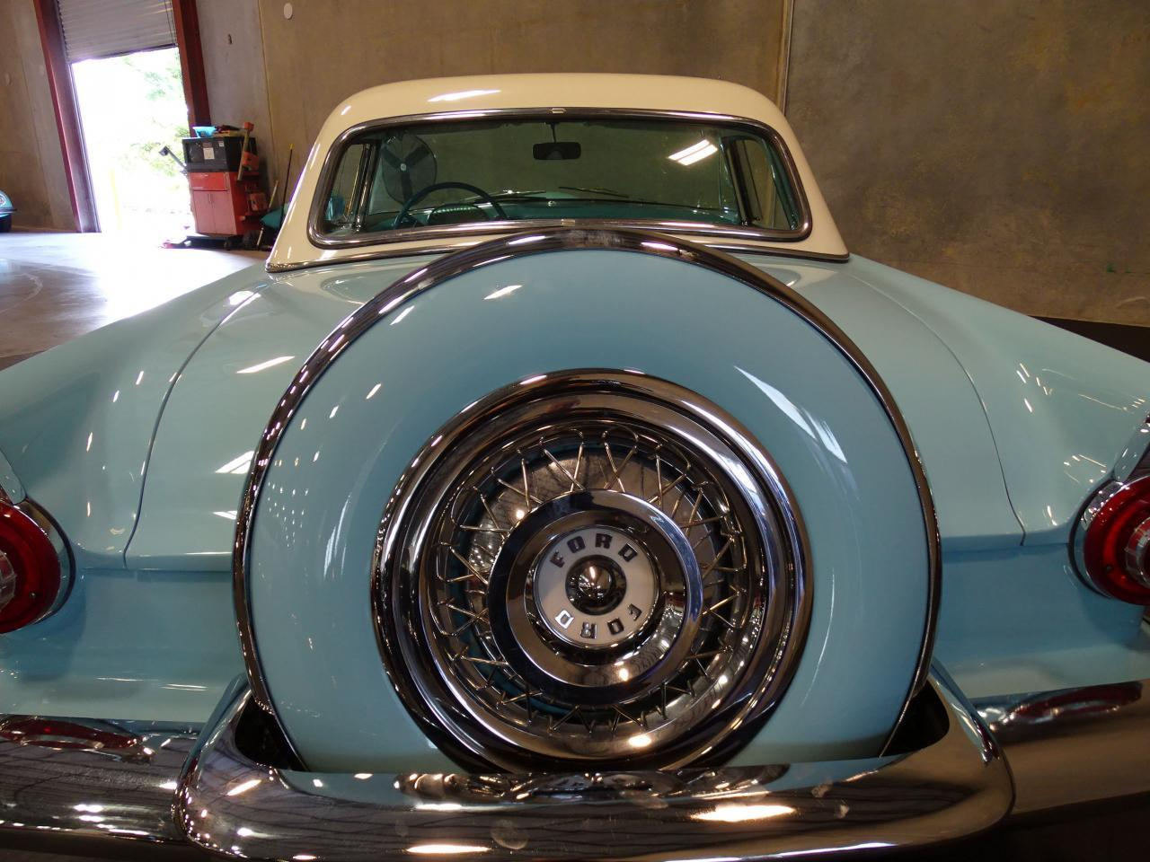 Large Picture of Classic 1956 Ford Thunderbird Offered by Gateway Classic Cars - Tampa - LBDH
