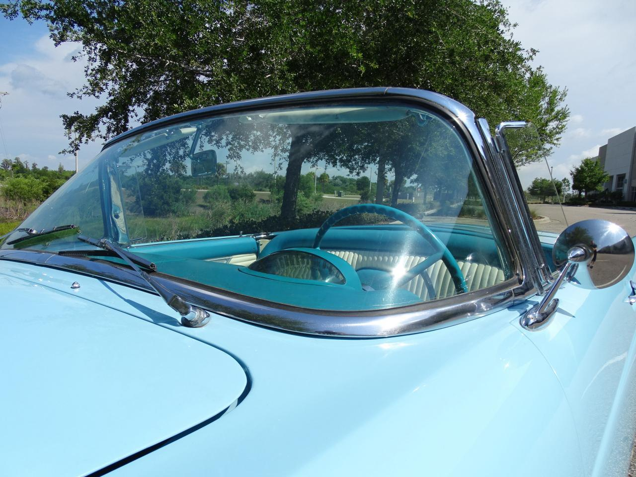 Large Picture of '56 Ford Thunderbird located in Ruskin Florida - LBDH