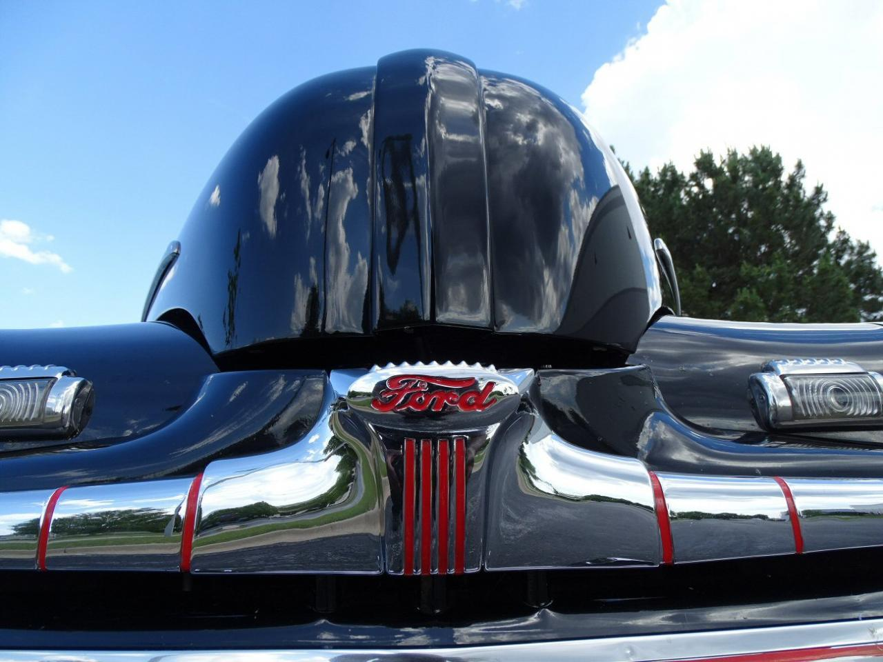 Large Picture of '46 Coupe located in Illinois Offered by Gateway Classic Cars - Chicago - LBDX