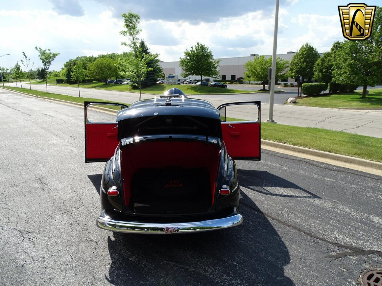 Large Picture of Classic '46 Ford Coupe located in Crete Illinois - $36,995.00 Offered by Gateway Classic Cars - Chicago - LBDX