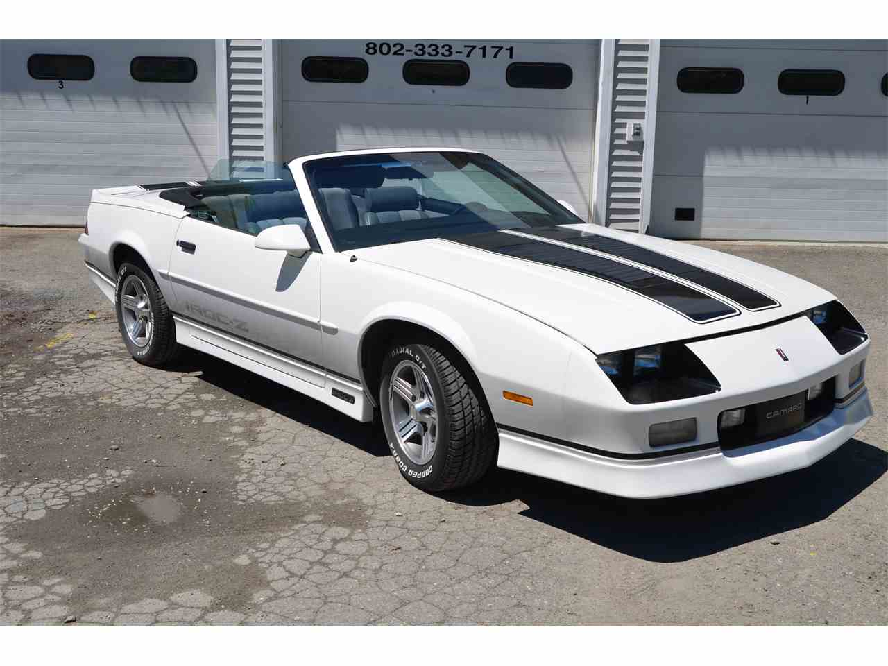 Large Picture of 1989 Chevrolet Camaro IROC-Z - LBGQ