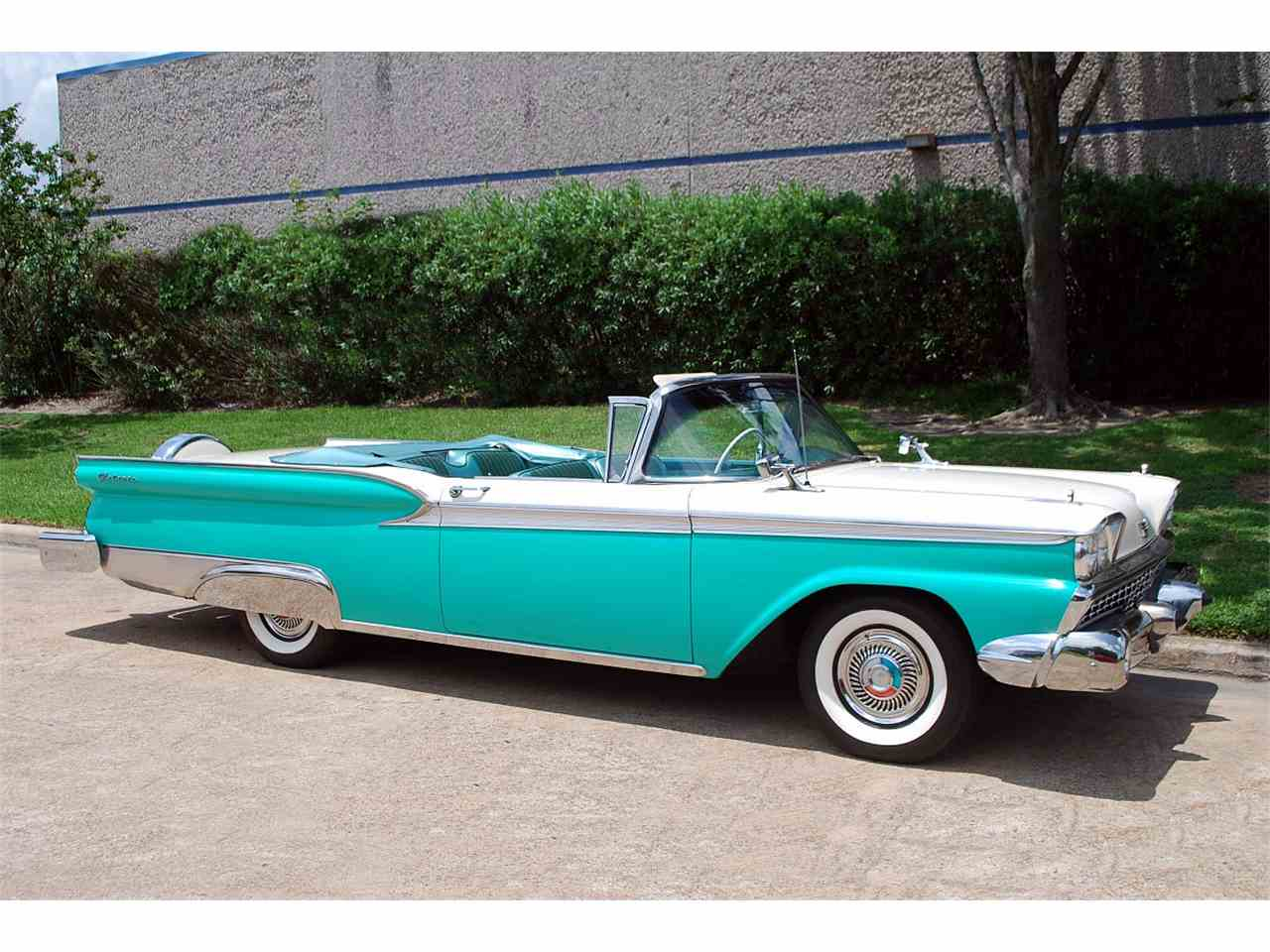 Large Picture of Classic 1959 Galaxie located in Houston Texas - LBGZ