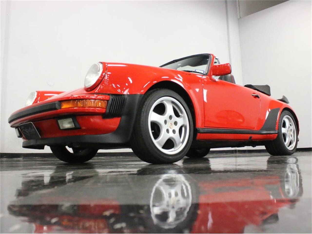 Large Picture of 1988 911 located in Ft Worth Texas Offered by Streetside Classics - Dallas / Fort Worth - LBK3