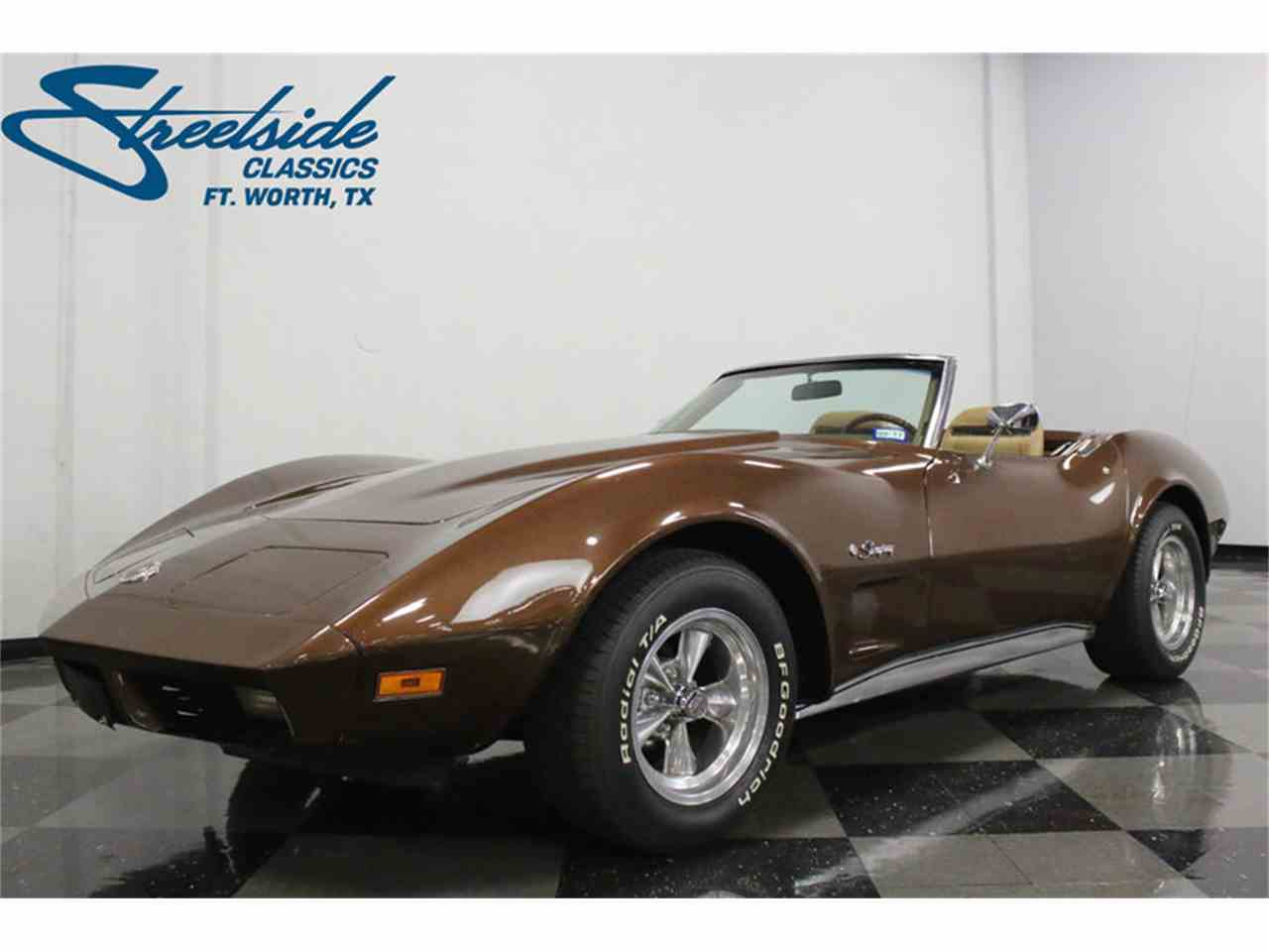 Large Picture of 1974 Corvette located in Texas Offered by Streetside Classics - Dallas / Fort Worth - LBK6