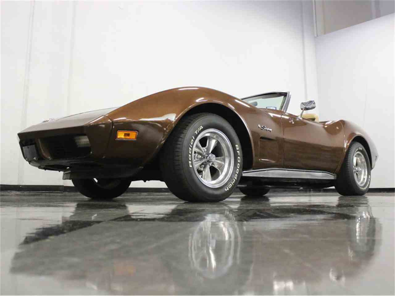 Large Picture of 1974 Chevrolet Corvette located in Ft Worth Texas - LBK6