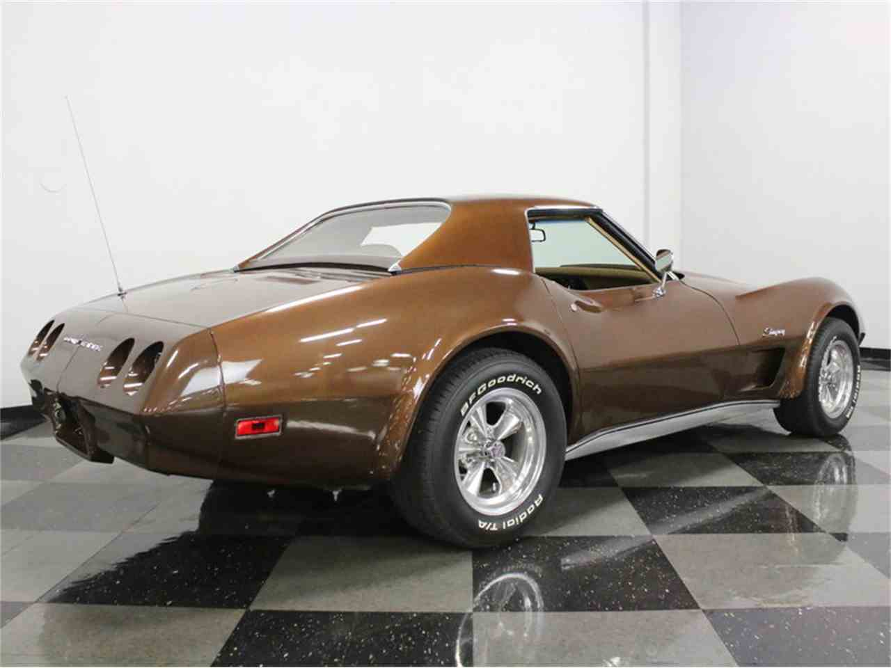 Large Picture of 1974 Chevrolet Corvette located in Texas - $22,995.00 Offered by Streetside Classics - Dallas / Fort Worth - LBK6