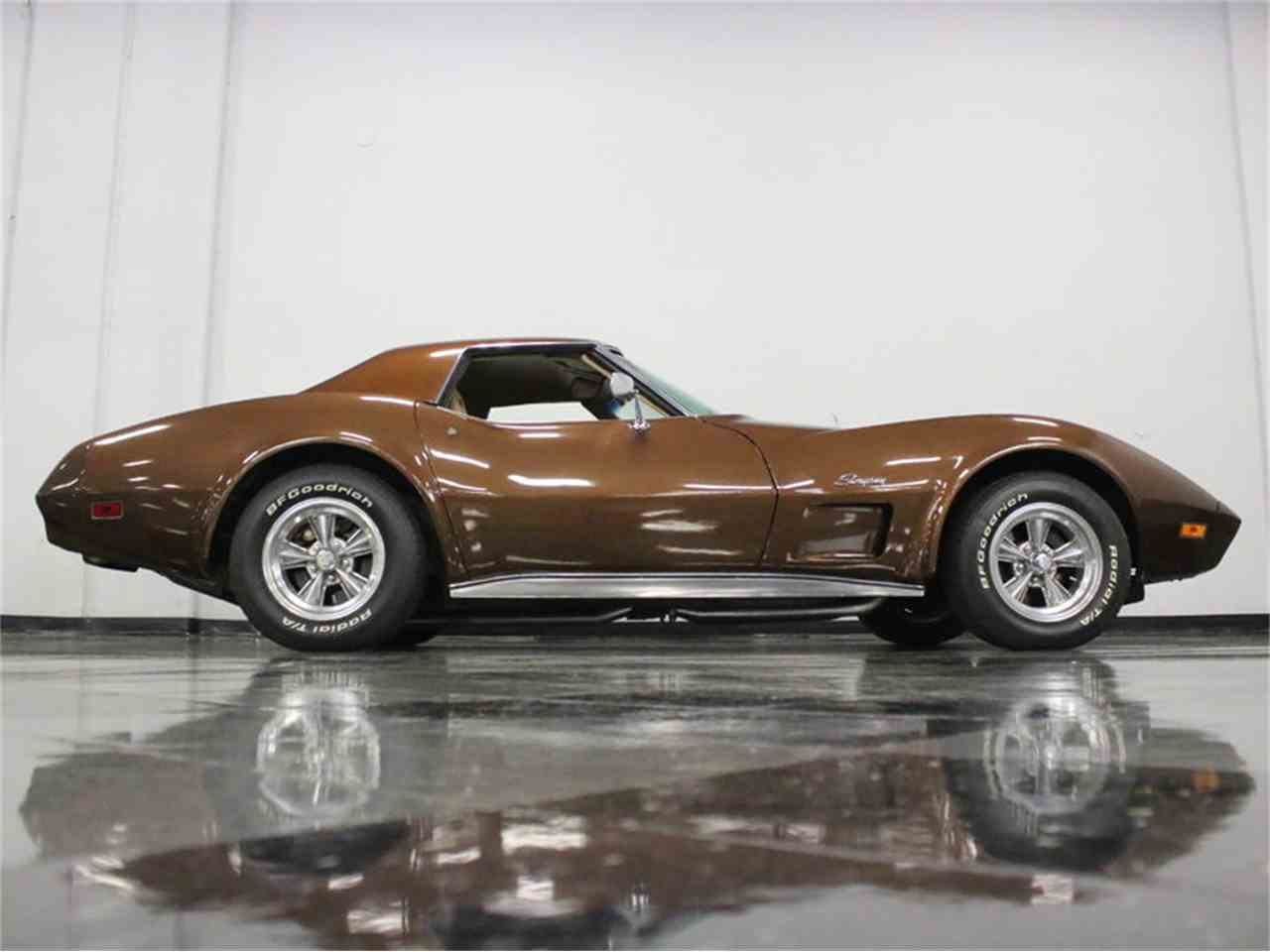 Large Picture of '74 Chevrolet Corvette located in Ft Worth Texas - $22,995.00 - LBK6