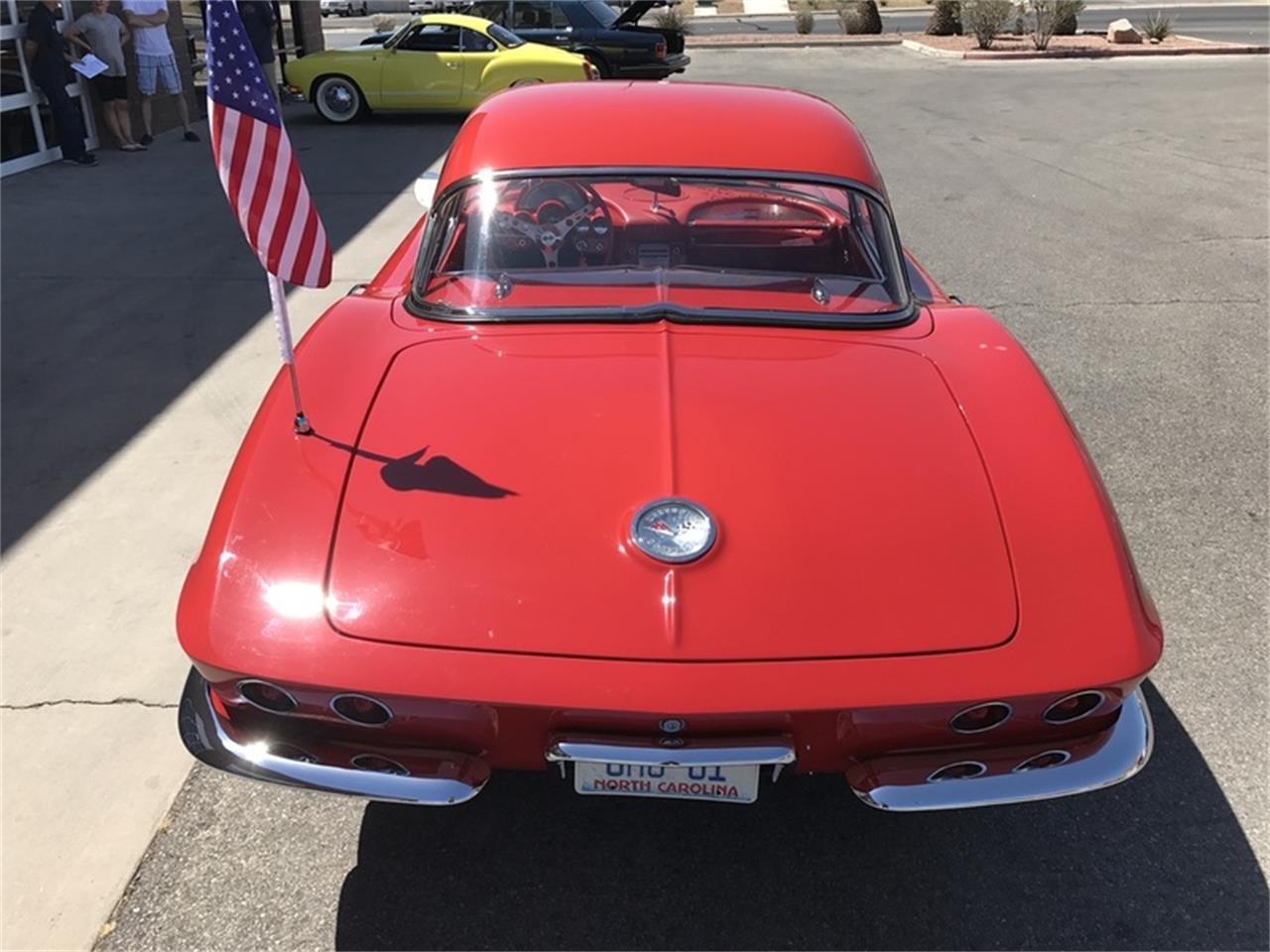 Large Picture of '61 Corvette - LBM2