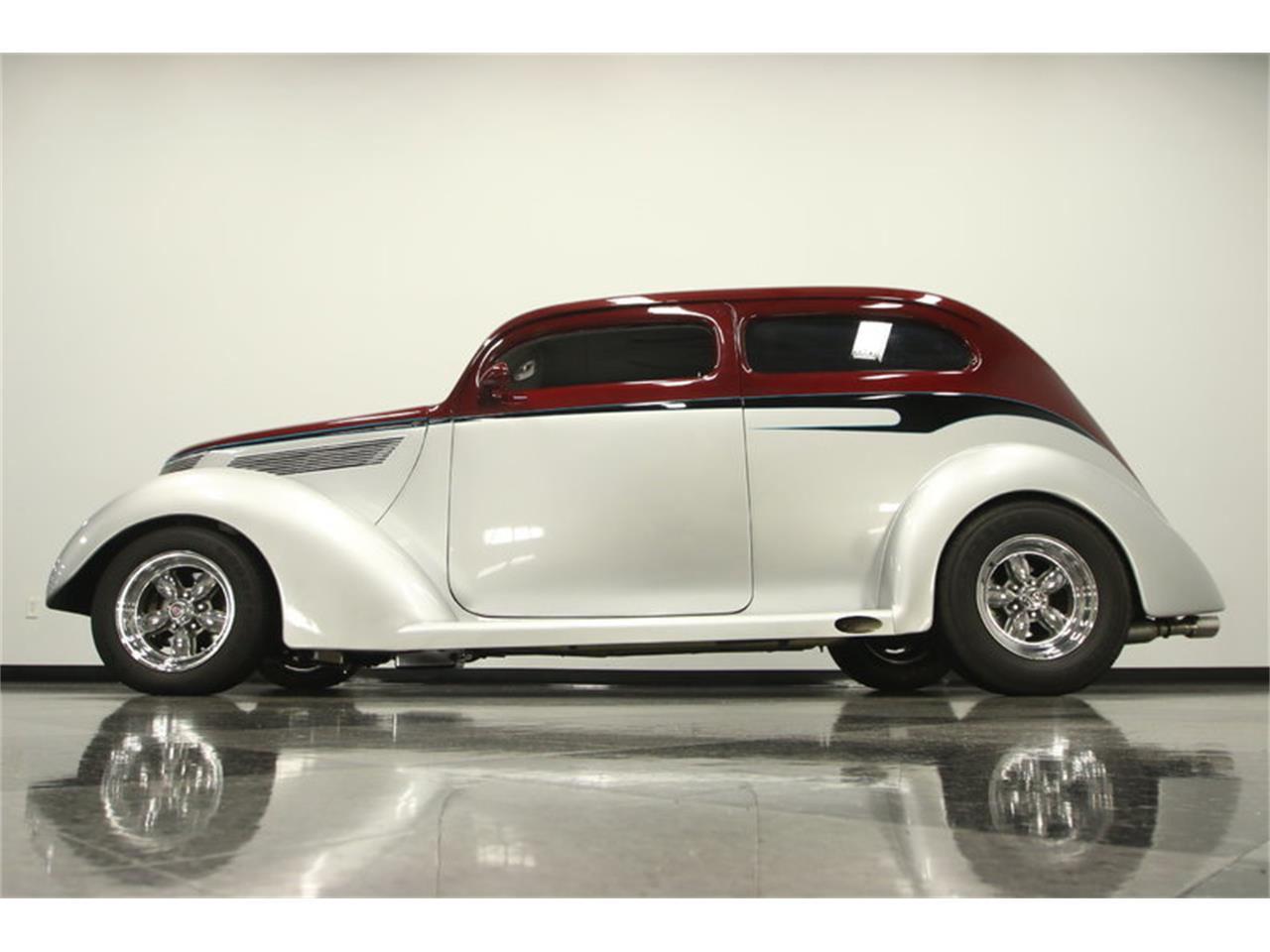 Large Picture of '37 2-Dr Sedan - LBMR
