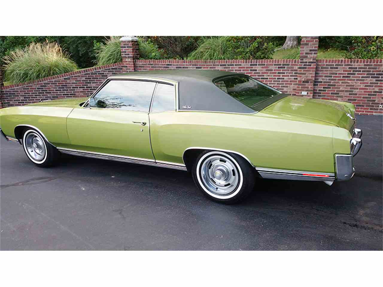 Large Picture of '71 Monte Carlo - L89I