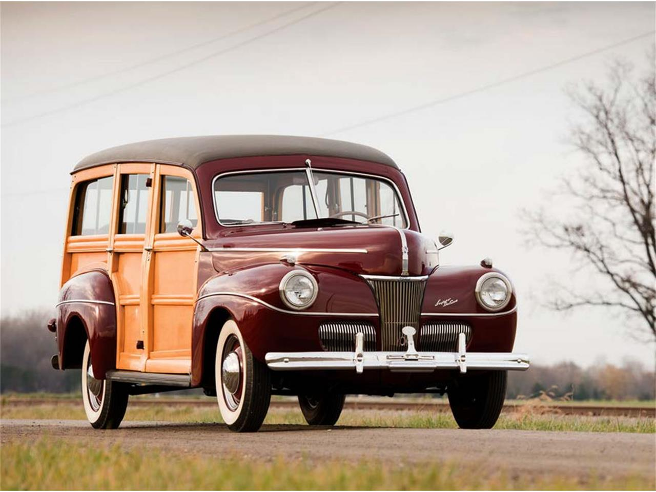 Large Picture of Classic 1941 Ford Woody Wagon - LBPF