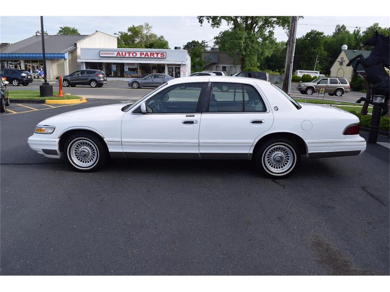 1995 Mercury Grand Marquis >> For Sale 1995 Mercury Grand Marquis In East Red Bank New Jersey