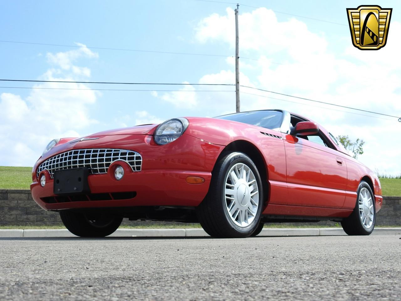 Large Picture of '02 Ford Thunderbird located in Kenosha Wisconsin - $19,995.00 - LBSH