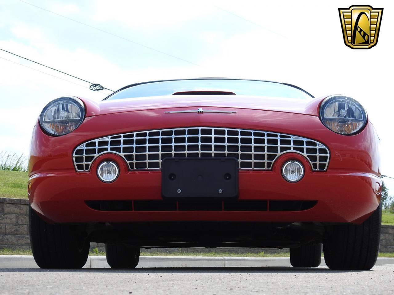 Large Picture of '02 Thunderbird - $19,995.00 - LBSH