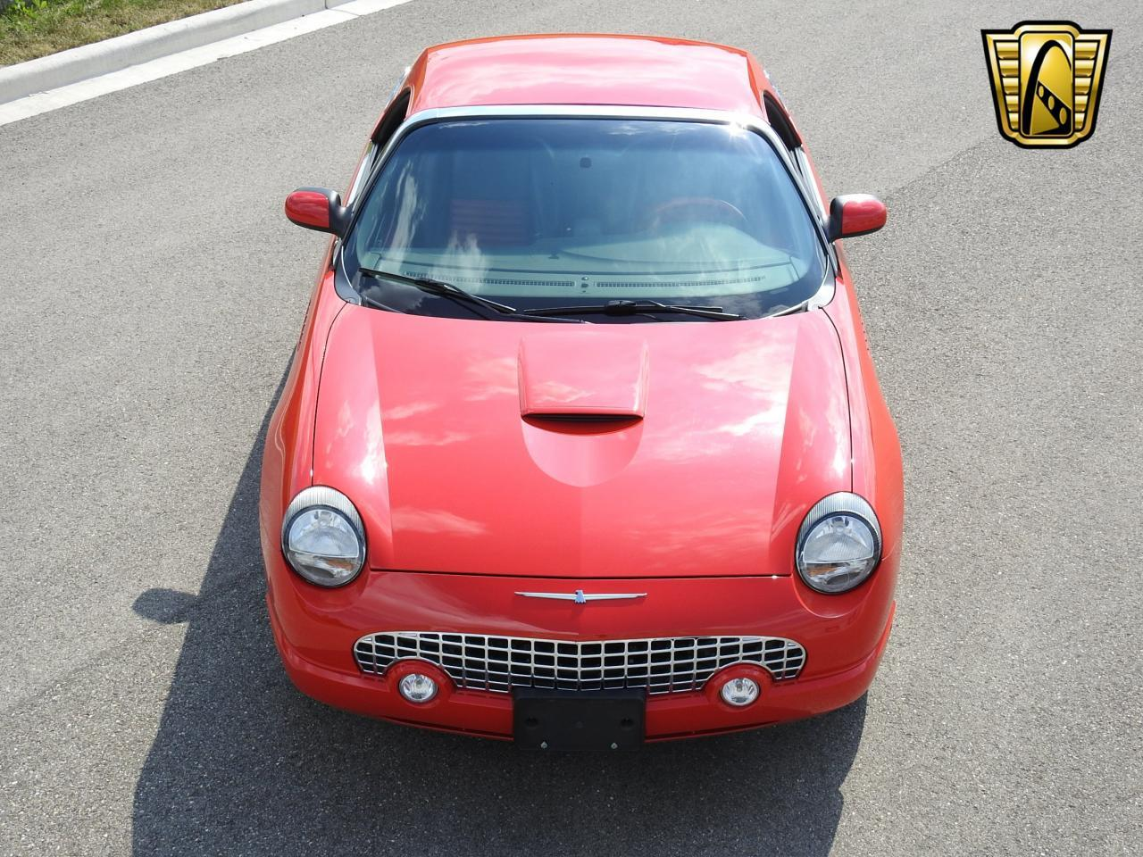 Large Picture of '02 Ford Thunderbird located in Wisconsin - LBSH
