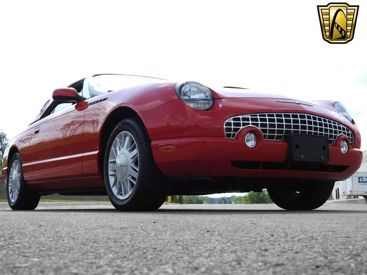 Large Picture of '02 Thunderbird - $19,995.00 Offered by Gateway Classic Cars - Milwaukee - LBSH