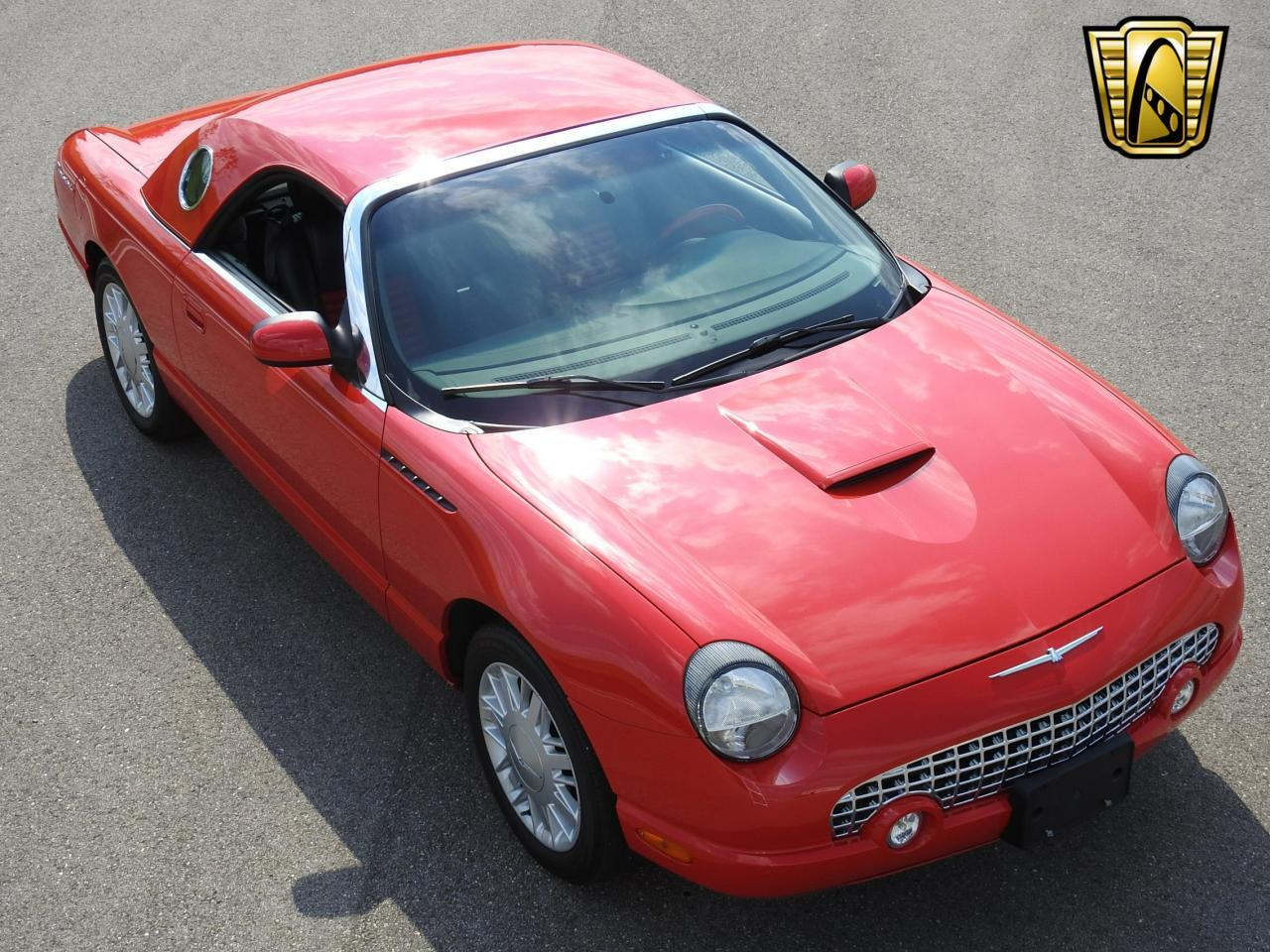 Large Picture of 2002 Thunderbird - $19,995.00 Offered by Gateway Classic Cars - Milwaukee - LBSH