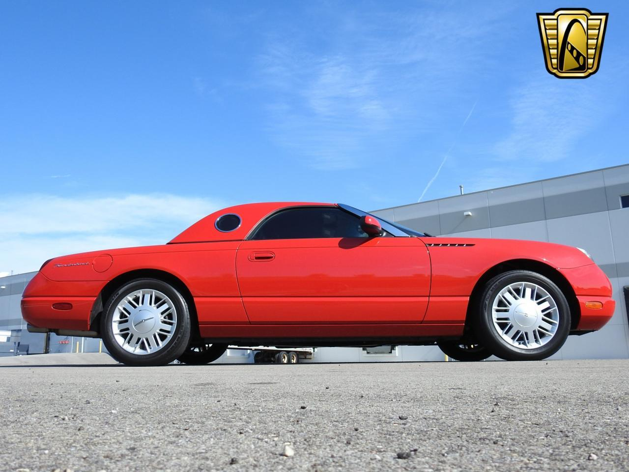 Large Picture of '02 Thunderbird Offered by Gateway Classic Cars - Milwaukee - LBSH