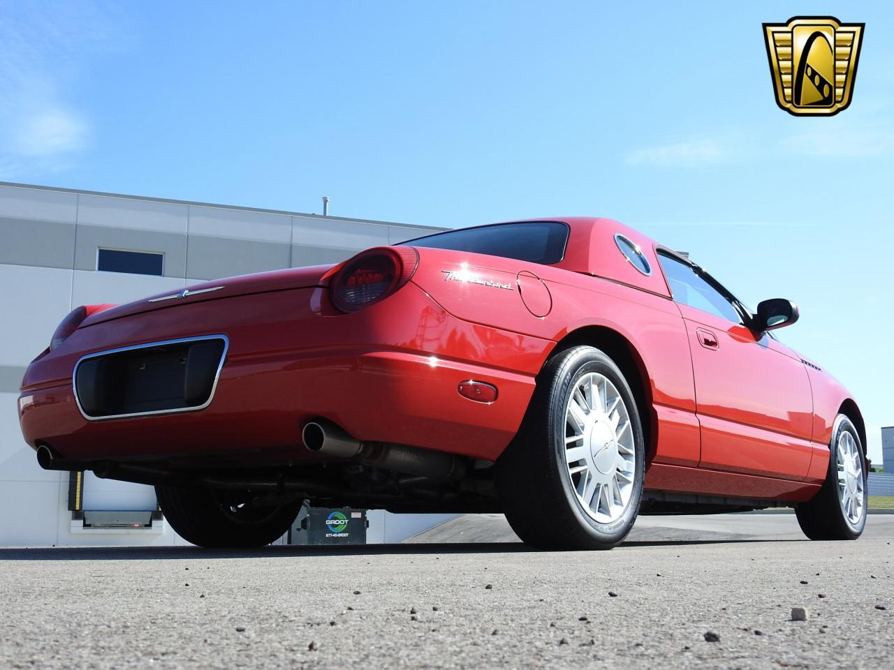 Large Picture of 2002 Ford Thunderbird located in Kenosha Wisconsin - LBSH