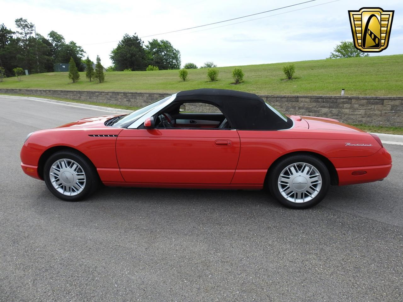 Large Picture of '02 Ford Thunderbird - $19,995.00 - LBSH