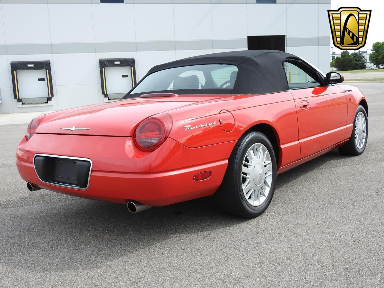 Large Picture of 2002 Ford Thunderbird located in Wisconsin - LBSH