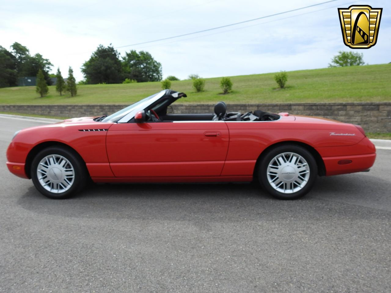 Large Picture of '02 Thunderbird located in Wisconsin Offered by Gateway Classic Cars - Milwaukee - LBSH