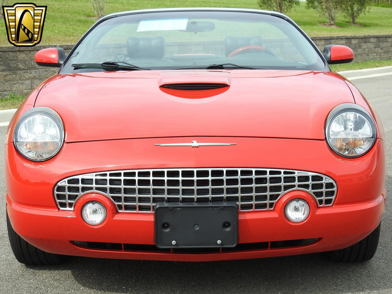 Large Picture of '02 Ford Thunderbird Offered by Gateway Classic Cars - Milwaukee - LBSH