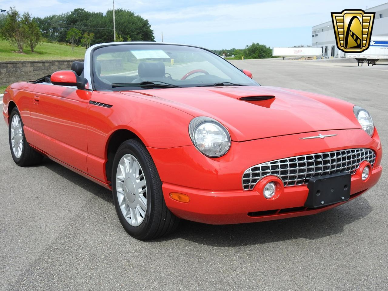 Large Picture of 2002 Ford Thunderbird located in Kenosha Wisconsin - $19,995.00 - LBSH