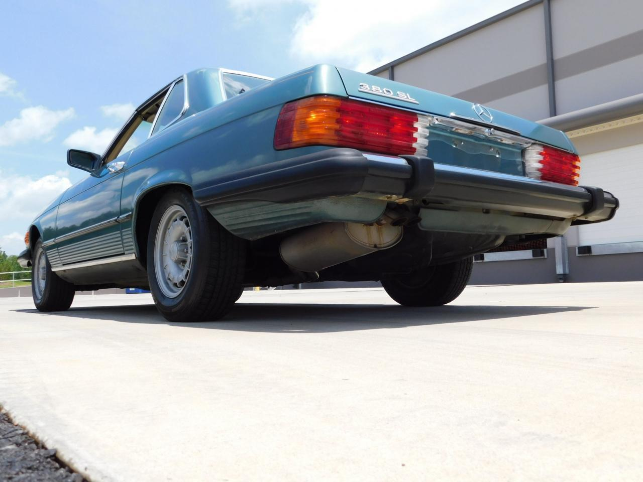 Large Picture of '85 380SL - $13,595.00 - LBSX