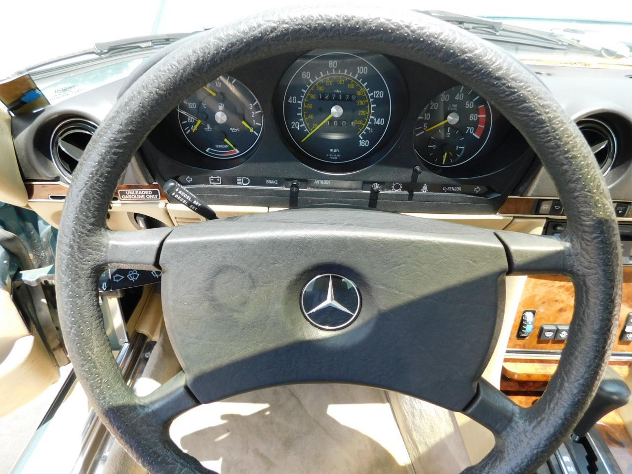 Large Picture of 1985 Mercedes-Benz 380SL Offered by Gateway Classic Cars - Atlanta - LBSX