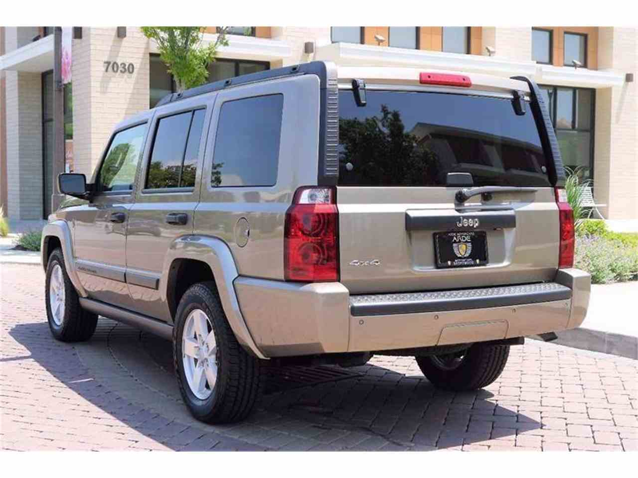 Large Picture of '06 Jeep Commander - $24,900.00 - LBTI